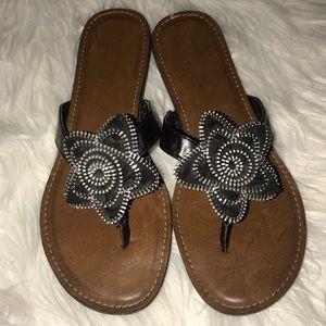 Madeline Stuart sandals size 8